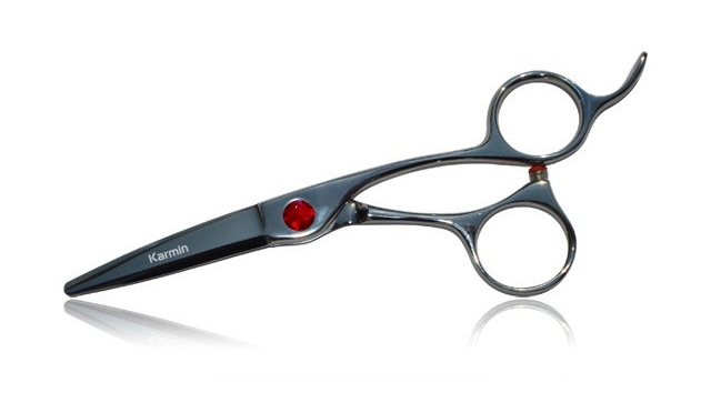 how to hold haircutting scissors